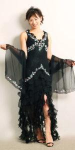 メイドインフランスのお洒落なデザインが際立つドレス