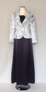 夏の結婚式の母親、親族ドレス