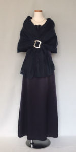 結婚式親族のドレス