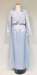 叙勲のドレス、アイスブルー
