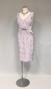 シルバーの素敵なドレス