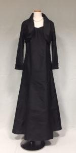 気品高いブラック母親ドレス